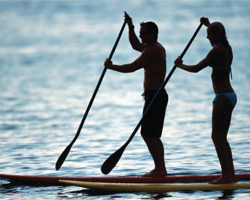 Stand-Up-Paddle-Board-Couple